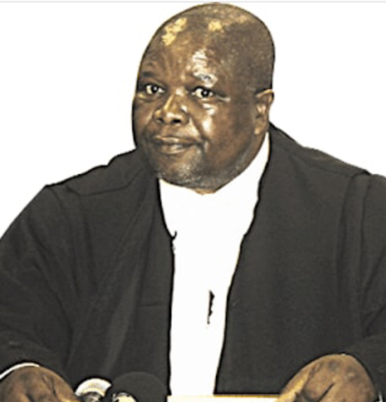 Chief Justice must stop interfering with a Parliament probe into alleged corruption at the Master of the High Court's Office.